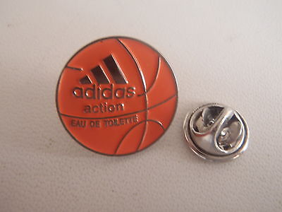 Pin Adidas badge Basketball Portugal Rare