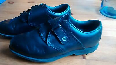 Footjoy AQL soft spikes golf shoes - size 6