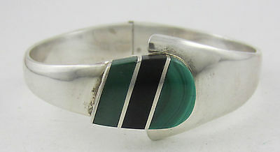 Taxco Beautiful Sterling Silver Malachite & Jet Hinged Clamper Cuff Bracelet