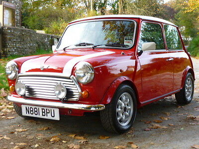 Stunning Mini Cooper In Red and White