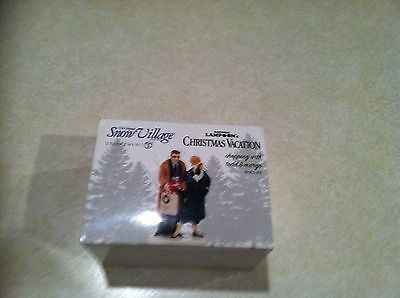 Dept 56 Snow Village Christmas Vacation Shopping w/Todd & Margo #4043911 NEW