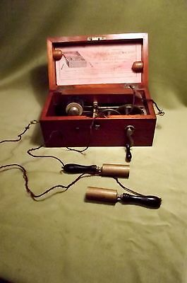 VICTORIAN {C1870} MAGNETO-ELECTRIC SHOCK MACHINE by MAW, SON & THOMPSON, LONDON