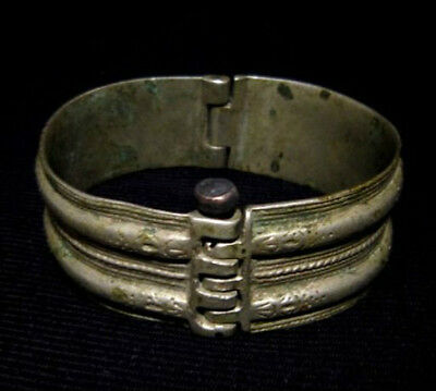 MAGNIFICENT 1800// 1900s. ANTIQUE SILVER BRACELET IN TWO MOVABLE PARTS!!!