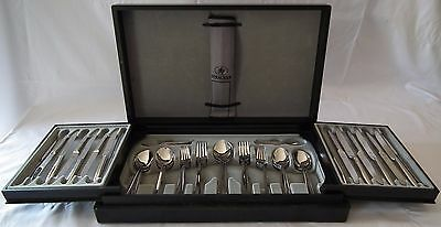 60pce Strachan Rigoletto 18/10 Cutlery set - with wooden Canteen
