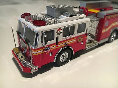Code 3 Collectibles FDNY Squad Co.288 Preserve The Honor Item 12651 1/64 1:64