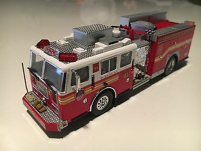 Code 3 Collectibles FDNY Squad Co.41 Preserve The Honor Item 12655 1/64 1:64