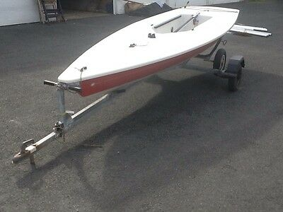 laser 1 sailing dinghy combi trailer will split very nice condition