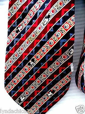 Vintage MICKEY MOUSE Necktie! 100% Silk! ***Officially Licensed***