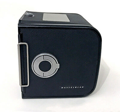 HASSELBLAD MAGASIN 70 NOIR 30139 - 2 CARTOUCHES 51039 FILM 70mm - VOLET 41068