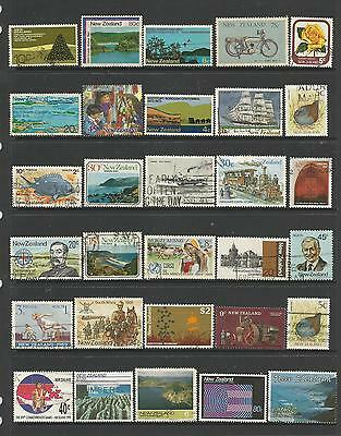 30 New Zealand Stamps used 5