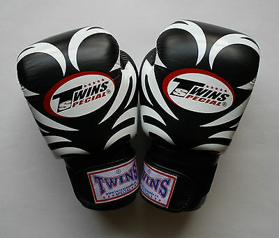 Twins Special Muay Thai Kick Boxing K1 Fight Mma 10 Oz. Black Tattoo Pattern