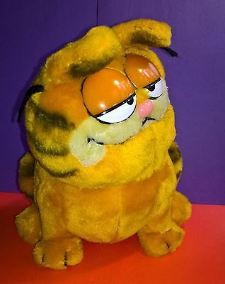 Garfield Plush Dakin 1981 Vintage Sitting Garfield Cat Cartoon Orange Cat Funny