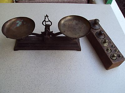 "Antique 1890s Iron Balance Scale ""FORCE 1KILOS"" with Brass trays and weights"