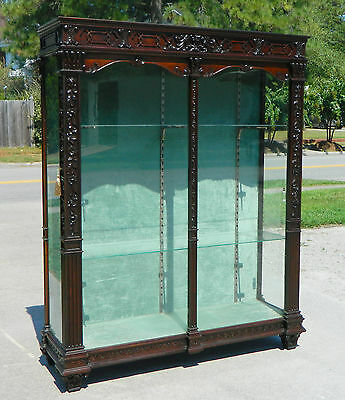 Gorgeous Oak Highly Carved Display Curio Collectors Cabinet w/ Side Doors c1910