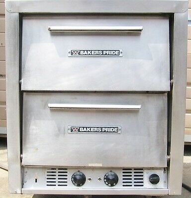 Bakers Pride Bake and Roast Double Electric Oven Pizza Pretzels with stones