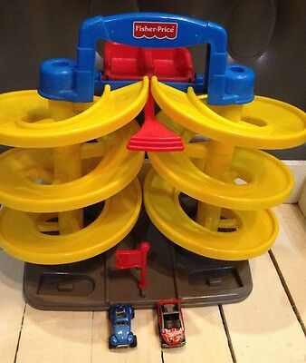 Fisher Price DualSpiral Speedway HTF with cars