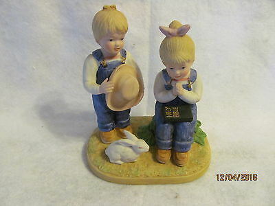 DENIM DAYS Girl and Boy Praying with Rabbit #8867 Crafted in Taiwan HOMCO 1985