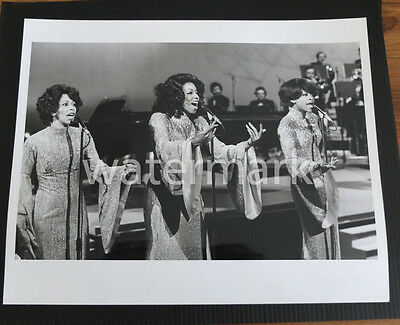 Undated Promo Photo  - The Three Degrees - 10 x 8in