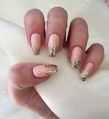 Peach Coffin False Nails With Gold Glitter Ombre
