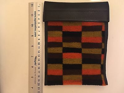 London Underground Moquette Material - District Line  Case Travel