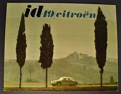 1965 Citroen ID 19 Catalog Sales Brochure English Text Excellent Original 65