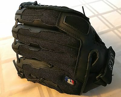 """Wilson A300 12"""" SuperSoft Leather Glove Right-Handed Throw 