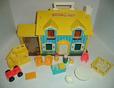 Fisher Price Little people Play family House 952 , yellow staircase,baby Vintage