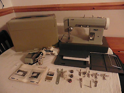 Rare ALL METAL PFAFF 94 Electric Sewing Machine with extra feet and accessories