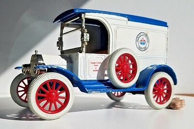 Vintage Ford 1917 Model T Van Piggy Bank
