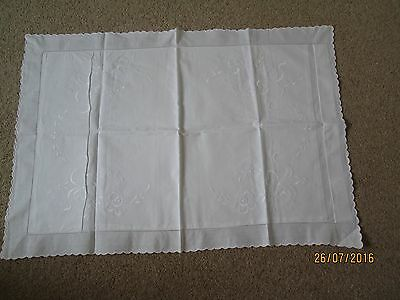 "Vintage cotton pillow casethread work edging with scalloped edge 22 1/2""x32 1/2"""