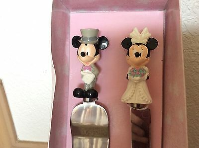Disney Store Mickey & Minnie Mouse Wedding Cake Cutting Serving Set Bride Groom