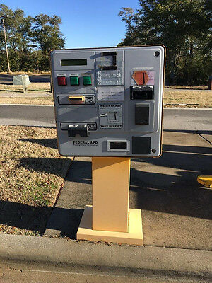 Federal APD 9000C Pay In Lane Machine - Parking Equipment