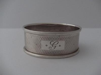 LOVELY SOLID SILVER NAPKIN RING Birmingham 1965