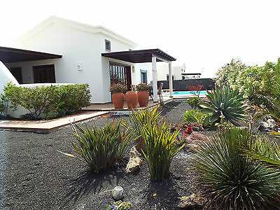 Villa In Playa Blanca,lanzarote, Private Heated Pool ,wifi ,english Tv,bbq,