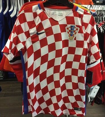 Team Croatia Federation Soccer Jersey SS Men Checkered Stadium Home Small Euro