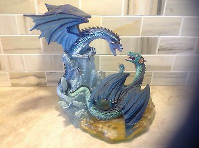Tudor Mint Land of the Dragons BATTLE OF DRAGONS ICE VERSUS LAKES 2000