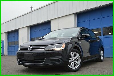 2013 Volkswagen Jetta SEL Premium  Hybrid Warranty 37,000 Miles Loaded Navigation Full Power Options Power Moonroof Bluetooth Cruise Control Excellent