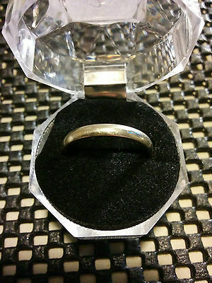 10K Gold Ring - Size 7 1/4 - Mens - Band