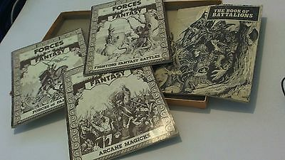 GW WARHAMMER FORCES OF FANTASY RULES - WFB - 1st EDITION 1984 - Boxed