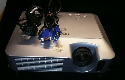 Hitachi CP-X251 Multimedia Home Theater  3LCD Projector with 2554 Lamp Hours
