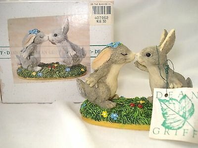 Charming Tails LOVE BLOOMS Signed Dean Griff Silvestri Kissing Rabbits Figurine