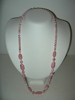 Pretty Vintage White & Pink Faux Angel Skin Coral Graduated Bead Necklace