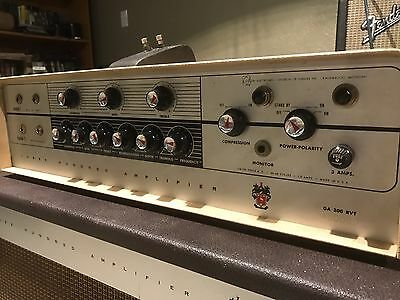 Rare Vintage Gibson 300 Tube Amp Amplifier 1961 Great Condition