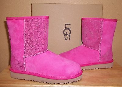 UGG Australia Classic Short Serein Diva Pink Kids Girls Boots New Youth US 3