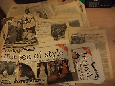 JOB LOT a OLD VINTAGE ANTIQUE NEWSPAPERS NEWSPAPER CRAFT SCRAPS royalty cuttings