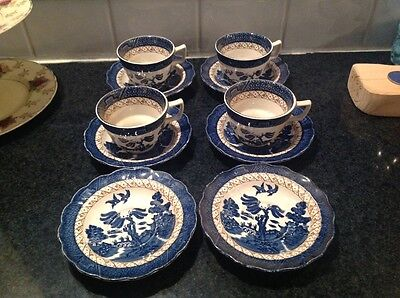 4 China Booths Real Old Willow  Large Breakfast Tea Cups & Saucers A8025
