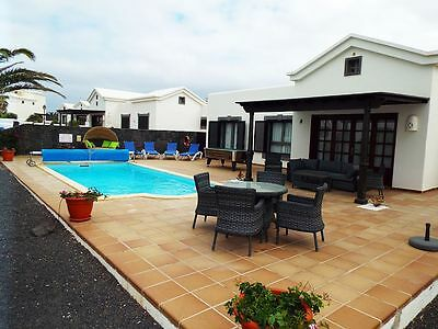 Villa Limones Lanzarote Private Heated Pool ,pool Table,wifi ,english Tv,bbq