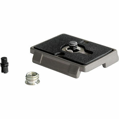 """Manfrotto 200PL Quick Release Plate with 1/4""""-20 Screw and 3/8"""" Bushing Adapter"""