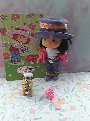 bandai doll strawberry shortcake ginger snap berry best friends and pet chipmunk