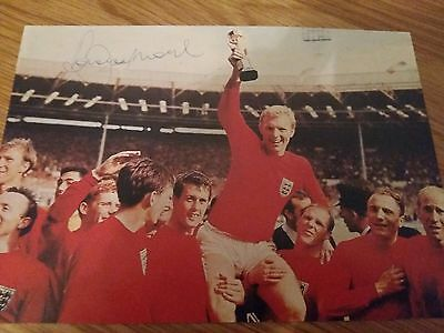 Bobby Moore original signed photo iconic picture perfect cond